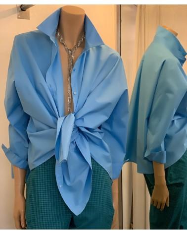 camisa azul Oxford
